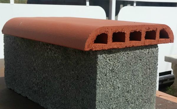 stock dessus de mur foraines perforees briquetterie capelle. Black Bedroom Furniture Sets. Home Design Ideas